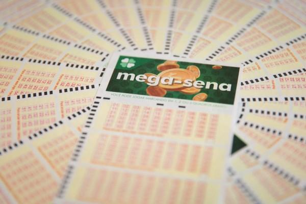 volantes-loterias-q98a7776-credito-marcelo-brandt-g1_43aee44c34aa844b62c129.jpg