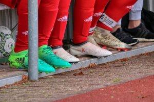 futebol-substituicao-atletas-foto-pixabay-08052020-300x200_ffec4183a734900c86f2.jpg